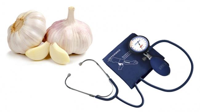 L'aglio è un vasodilatatore ed abbassa la pressione arteriosa