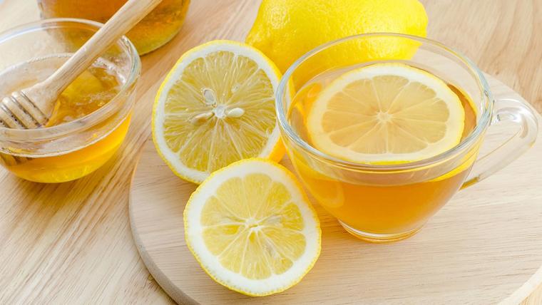 limone: tazza per acqua e limone al mattino, ricetta depurativa
